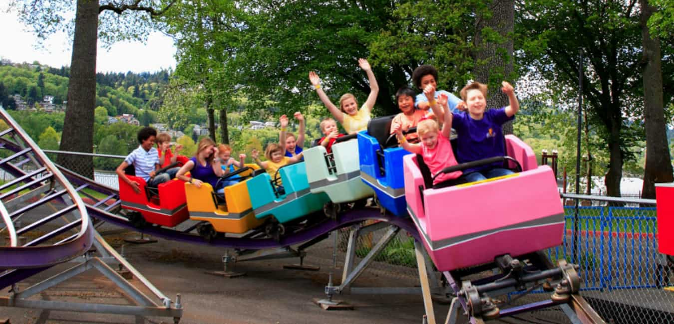 Enjoy Rides And Games At Oaks Amusement Park