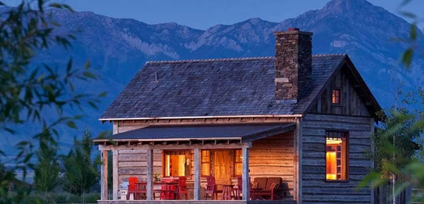 Cozy Rustic Cabin Retreat