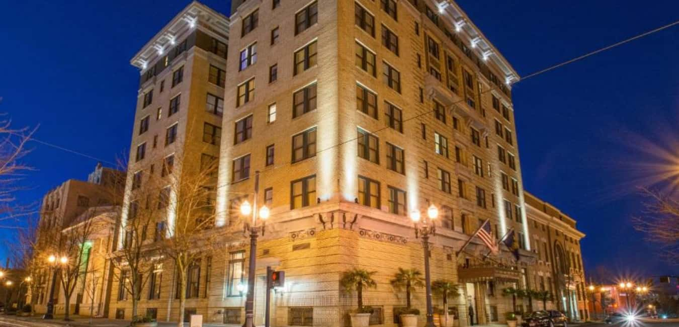 Hotel Deluxe, Portland – About the Parking