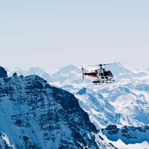 30-minutes scenic helicopter over the Lauterbrunnen and Jungfrau