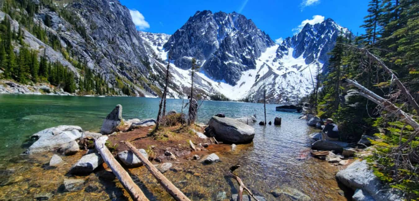 Best Time to Hike Colchuck Trail