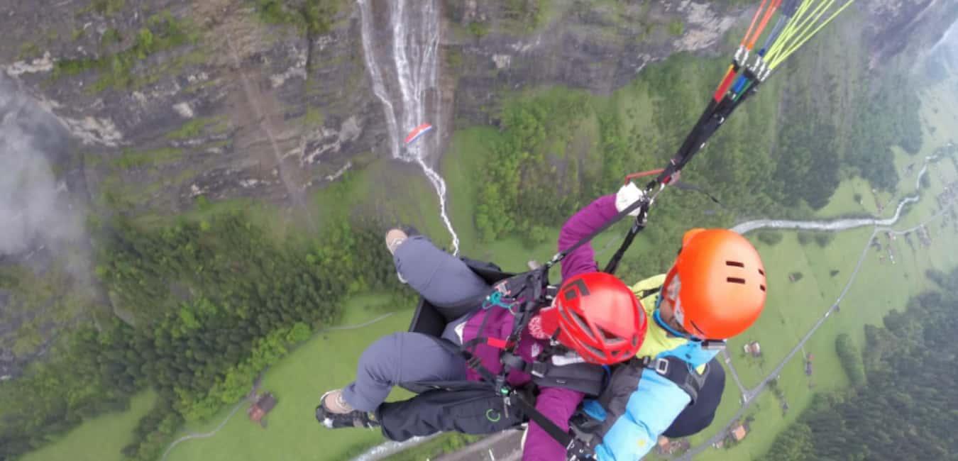 Go Paragliding in Lauterbrunnen