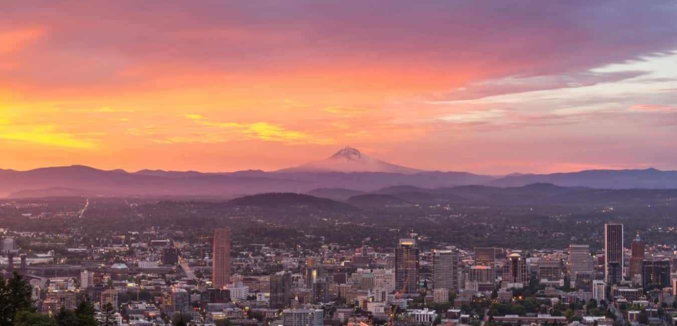 Pittock Mansion viewpoint hours