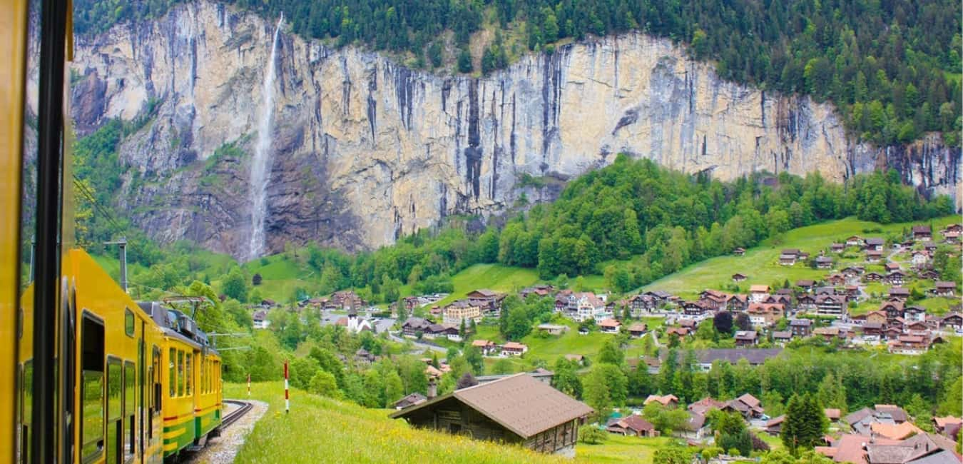 Take the train to Wengen