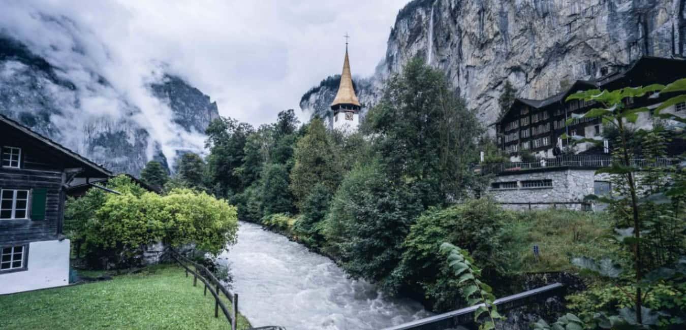 VISIT THE ICONIC LAUTERBRUNNEN CHURCH
