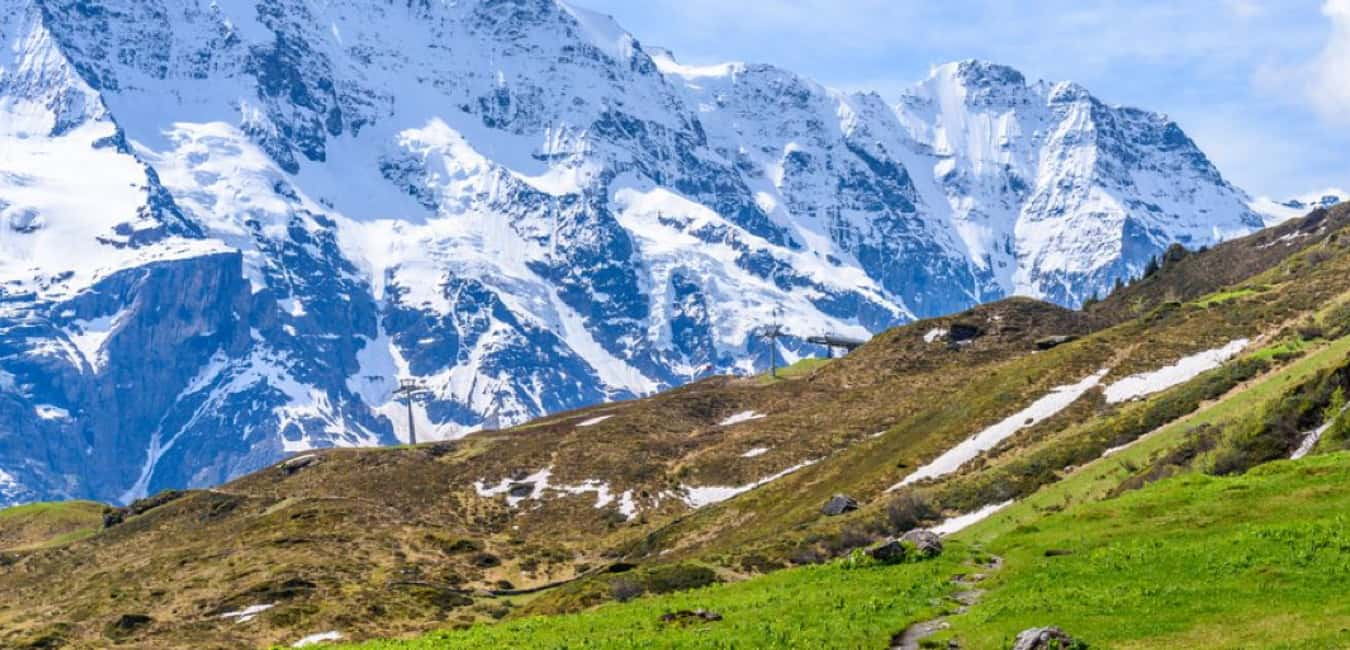 Visit Murren the best thing to do in the Layer Brannen is to visit Mürren